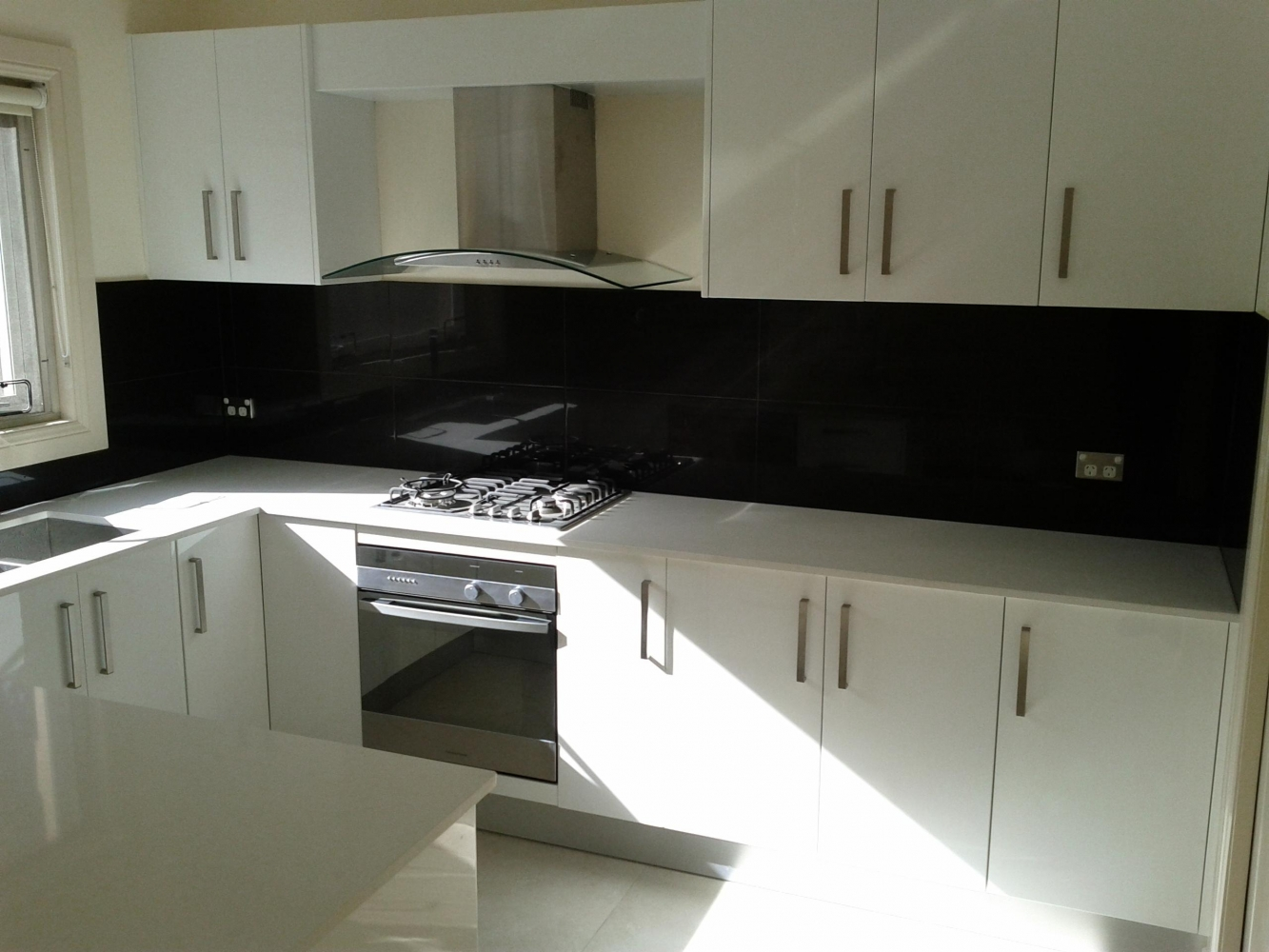 Home rex kitchen and flooring for Black glass kitchen units